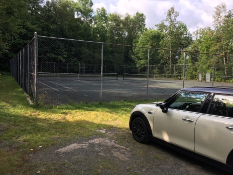 Parking lot at Garnet Hill Tennis Court